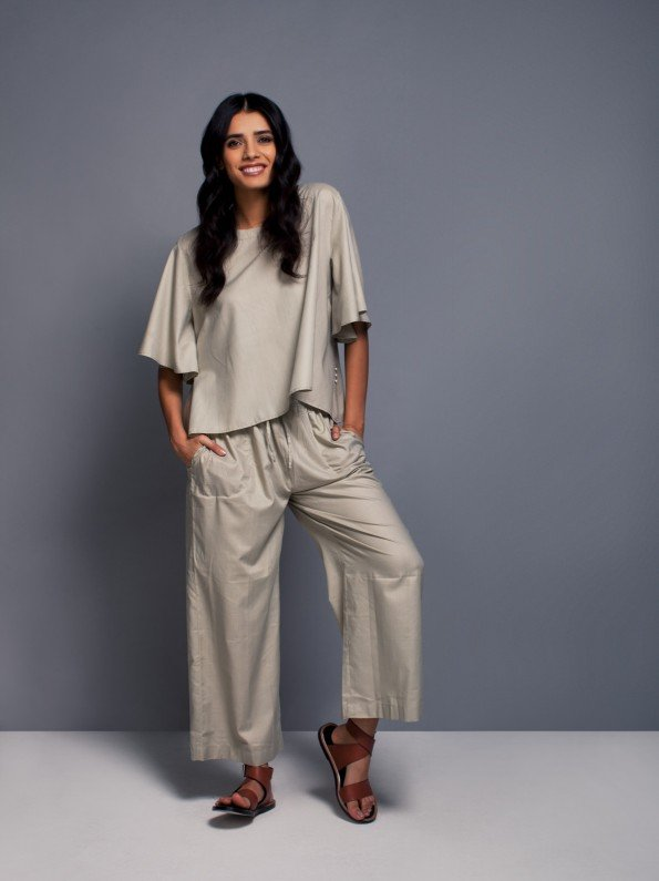EPIPHANY - Cropped round neck ruffled sleeved top with draw string loose cropped trousers / relaxed fit