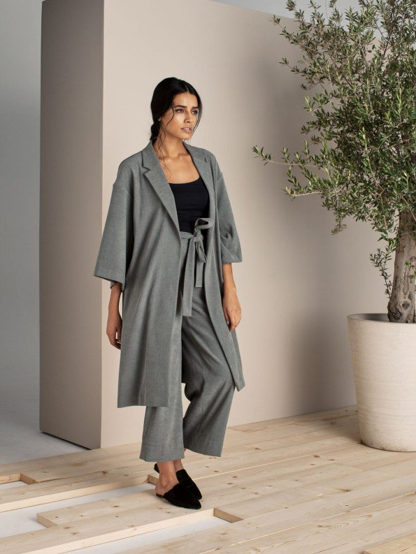 EPIPHANY - Midi length coat with belted highwaist loose fit cropped pants